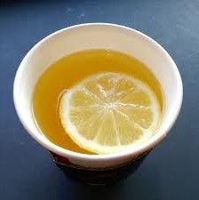 tasse de tisane au citron