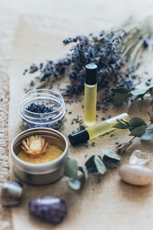huile essentiel a base de lavande